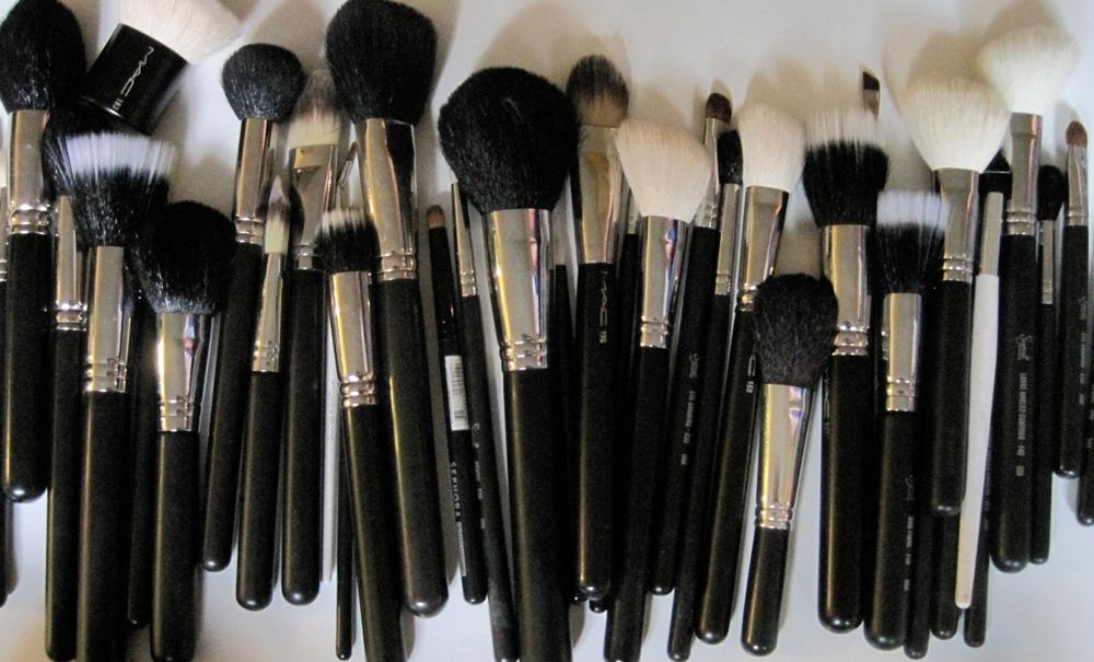 Pinceis de maquiagem básicos