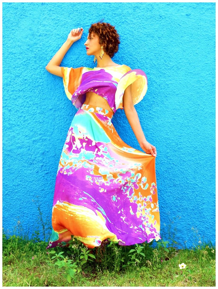 9d2ef30ae ... Elegância no Verão - Como vestir-se bem Conjunto gypsy, bata cropped e  saia