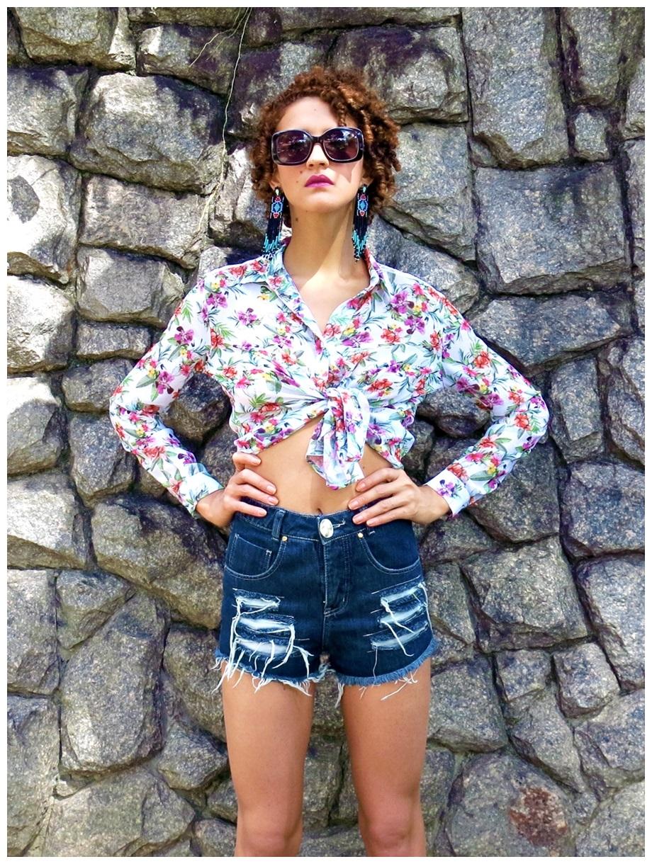 f52c7d0736 ... Elegância no Verão - Como vestir-se bem em dias de calor short cintura  alta