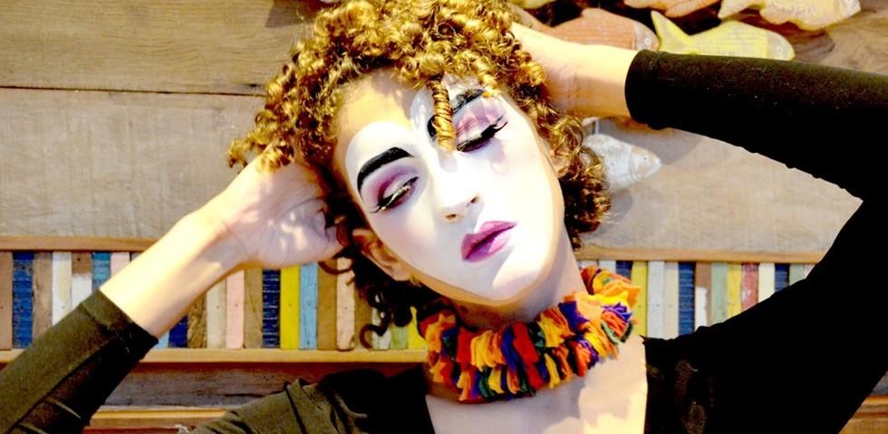 Como-fazer-maquiagem-artística-passo-a-passo-curso-de-automaquiagem