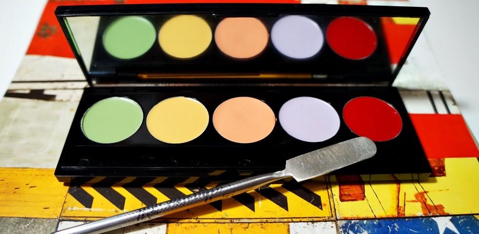 Como maquiar olheiras passo a passo corretivo colorido slide