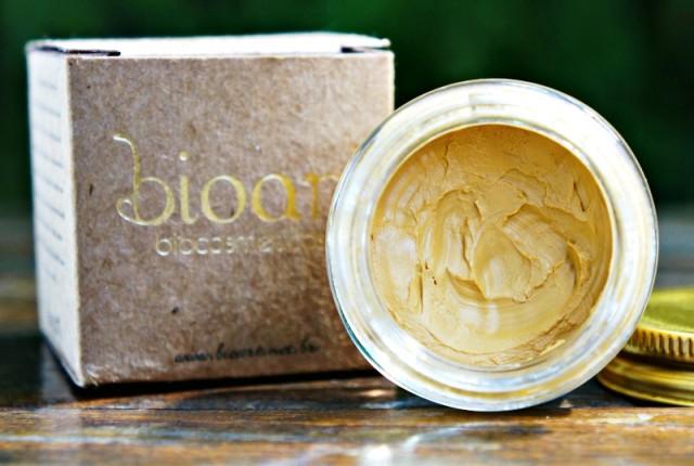 Máscara de Argila dourada Bioart cosmético natural e vegano