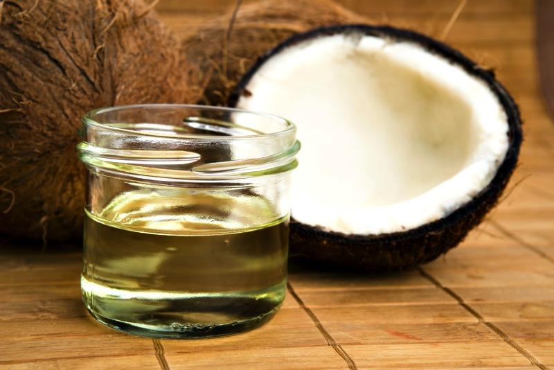 O Guia do óleo de coco textura líquida