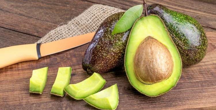 Os Melhores Alimentos para uma Pele Saudável ABACATE